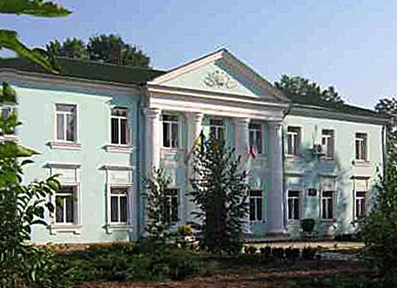 Нижнегорский и Нижнегорский район